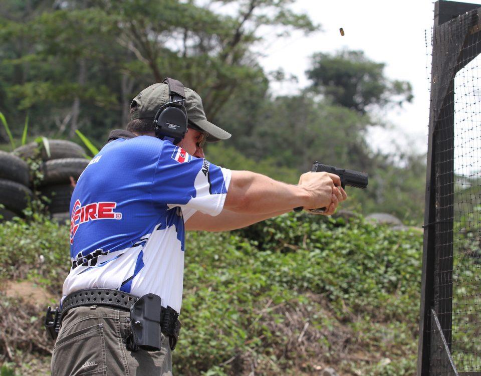 Disparo pistola asotipra